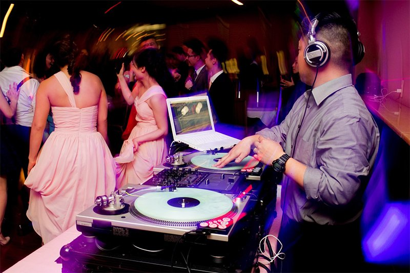 Philadelphia Wedding DJ