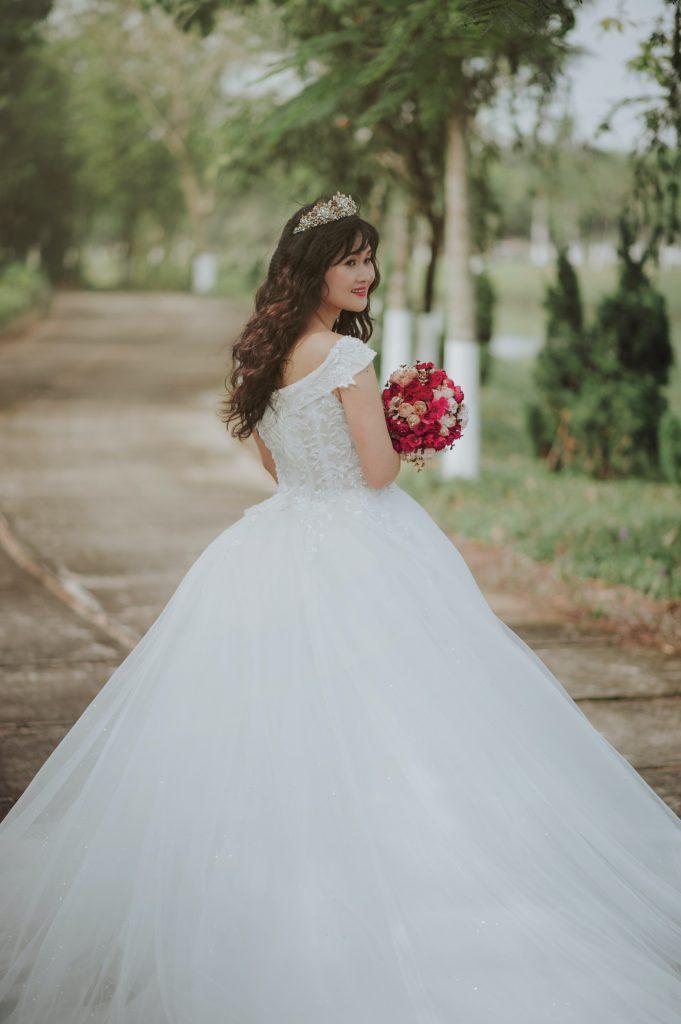 side bangs bride