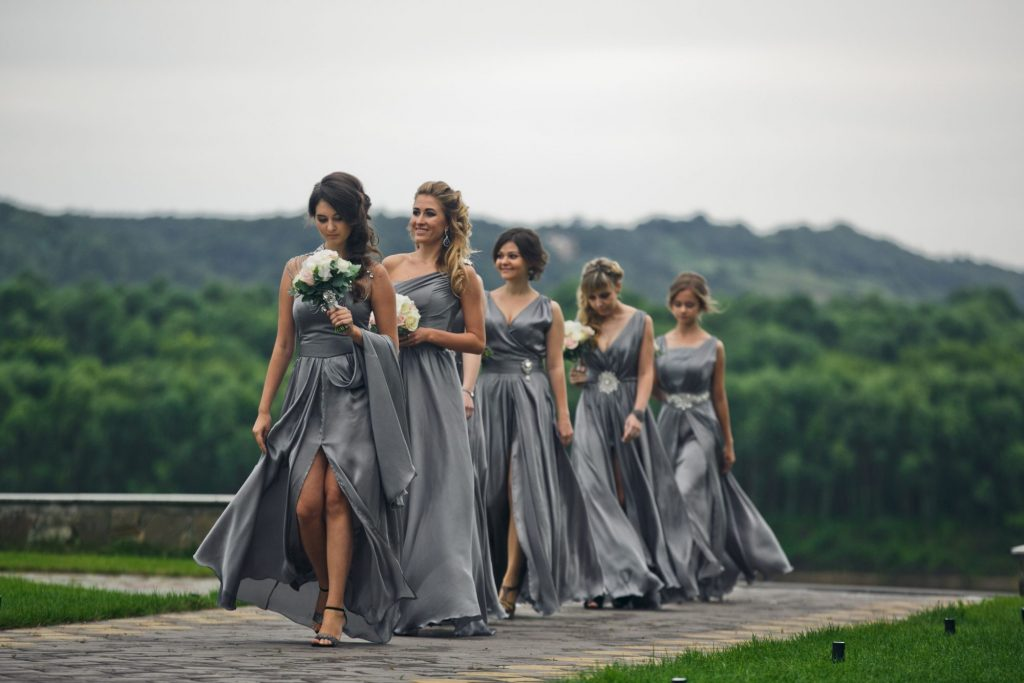 how many bridesmaids should you have