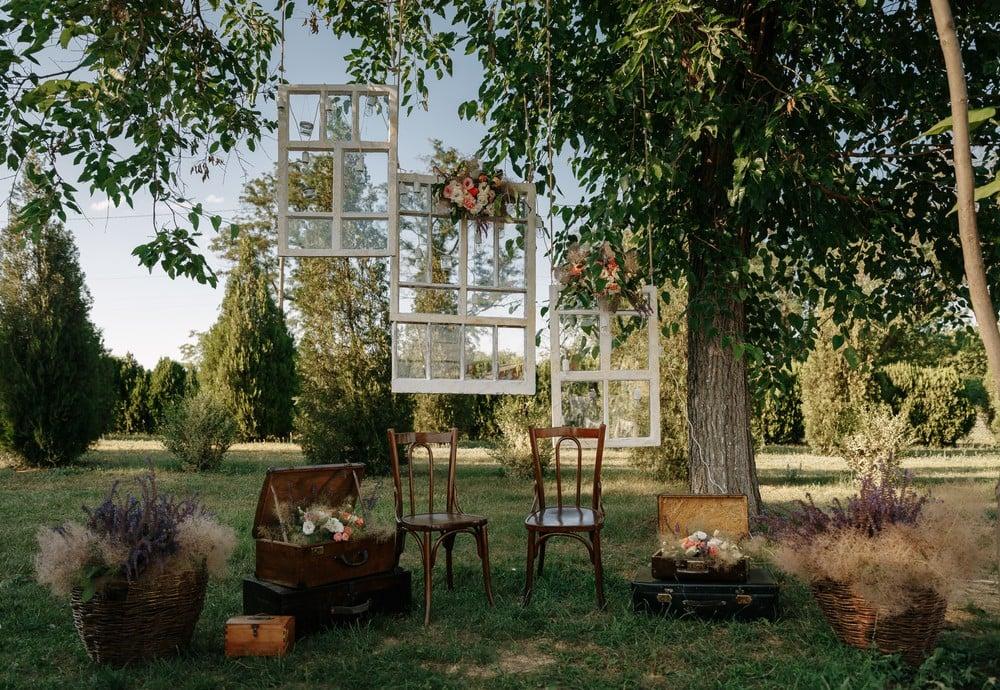 boho wedding furniture