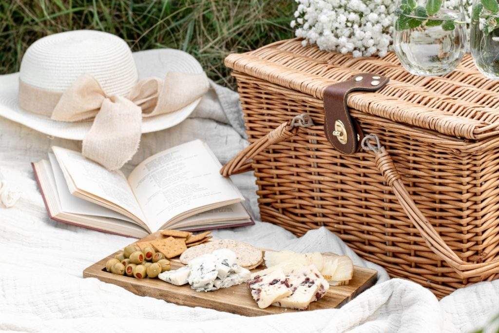 picnic after an elopement ceremony
