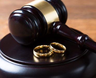 rings and gavel