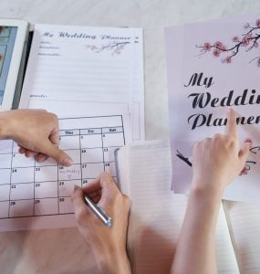 creating a DIY wedding binder