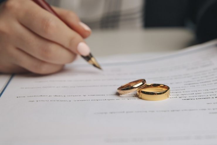 change name paperwork and rings