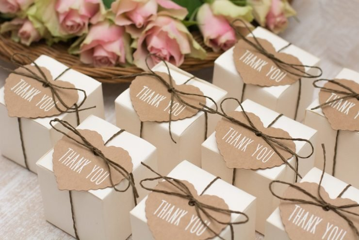 are wedding favors necessary